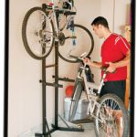 THULE Support de rangement universel pour 2 vélos: (TBSTK2)