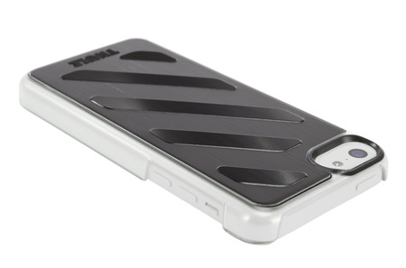 Étui en aluminium Thule Gauntlet™ pour iPhone® 5c Noir(TGIE-2223BLK)-1742